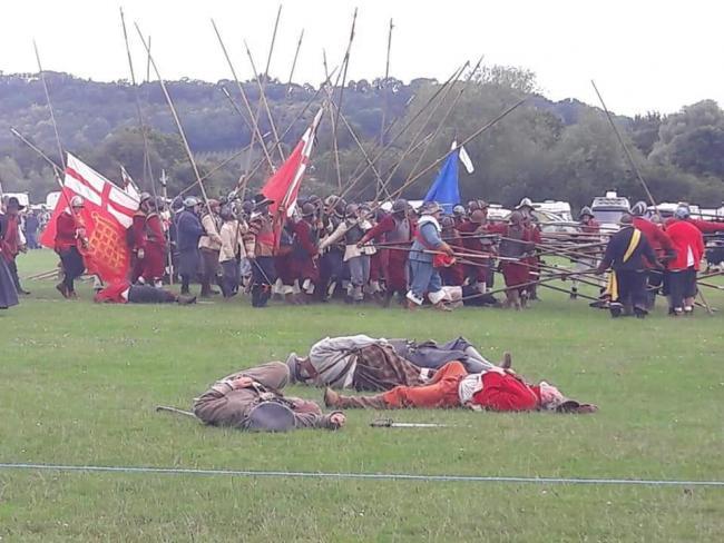 Battle re-enactment takes Ledbury back 350 years | Hereford Times
