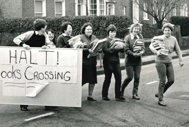 BOOKS: Today's Worcester News nostalgia photo is from 1987, when library staff in St John's had to move thousands of books across Bromyard Road to their new premises