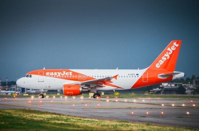 EasyJet is to axe 700 pilot jobs and close three bases across the UK - according to Balpa. Picture: EasyJet