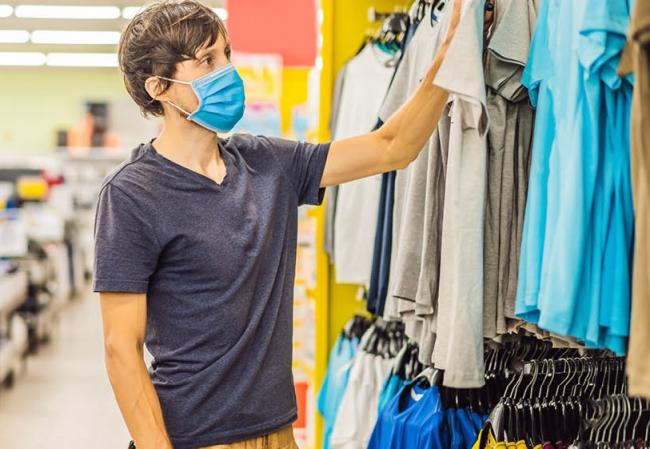 Shoppers urged to wear masks to keep people safe