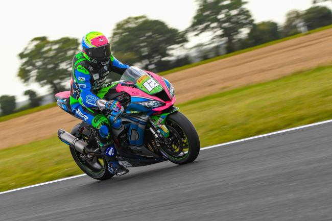 Luke Hedger in action at Snetterton in the Bennetts British Superbike Championship