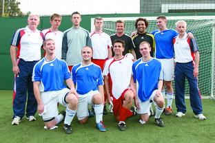 Back (l-r) Tony Larkin, Robin Williams, Dan James, Dave Clarke, David Beckham, Lewis Skyers, Dan English, Jeff Davis. Front (l-r) Owen Bainbridge, Lee Brunton, Keryn Seal, Jonathan Heenan. Picture Courtesy of Sainsbury's/Mark Oblow.