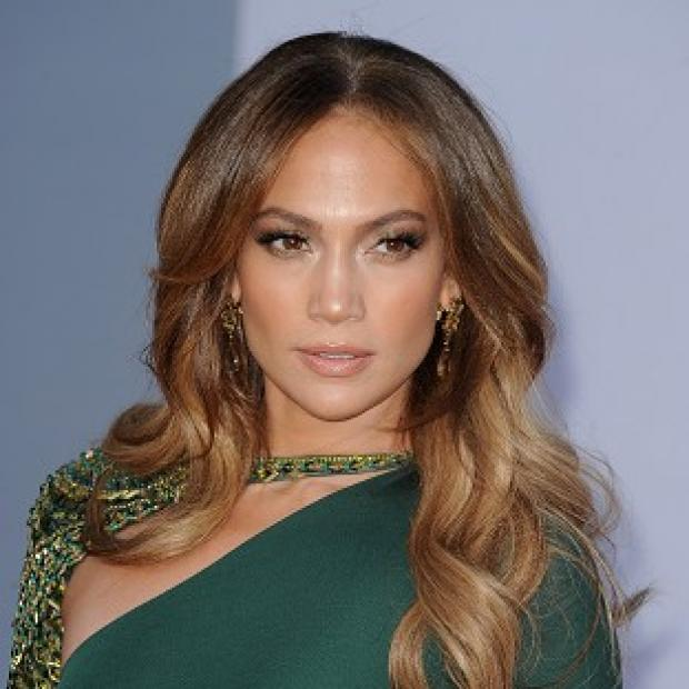 Jennifer Lopez had to talk about her ex on American Idol