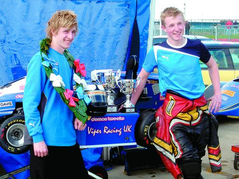 (l-r) Toby and Ben Davis have enjoyed an excellent start ot the British Superkart Championship season