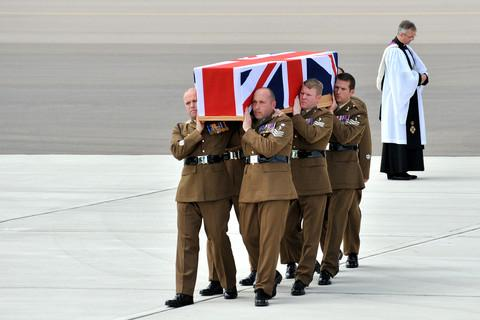 WO2 Leonard Thomas being repatriated at RAF Brize Norton