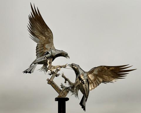 Hereford Times: Walenty Pytel's sculpture of buzzards in Malvern's Rosebank Gardens.