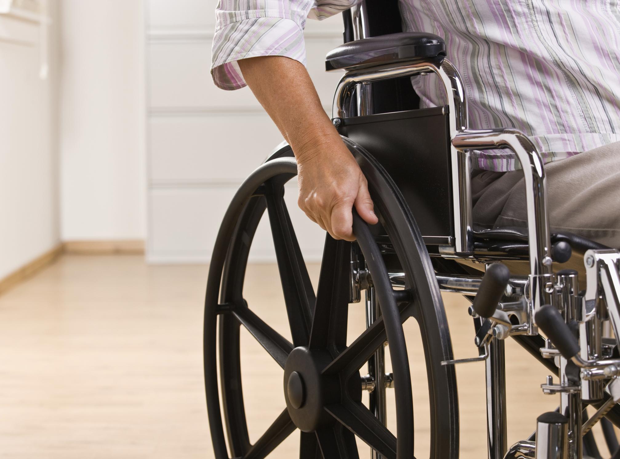 Смотреть как заниматься сексом инвалидам колясочникам 20 фотография
