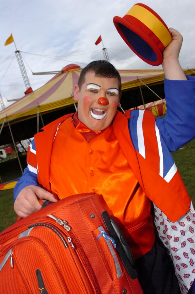 Hereford Times: Kyle Samuel from Hereford who is fulfilling his life-long ambition of joining the circus as a clown with Peter Jolly's Circus. Clown Jerry (Kyle's 'stage name') with his bag packed ready to join the circus. (5008199)