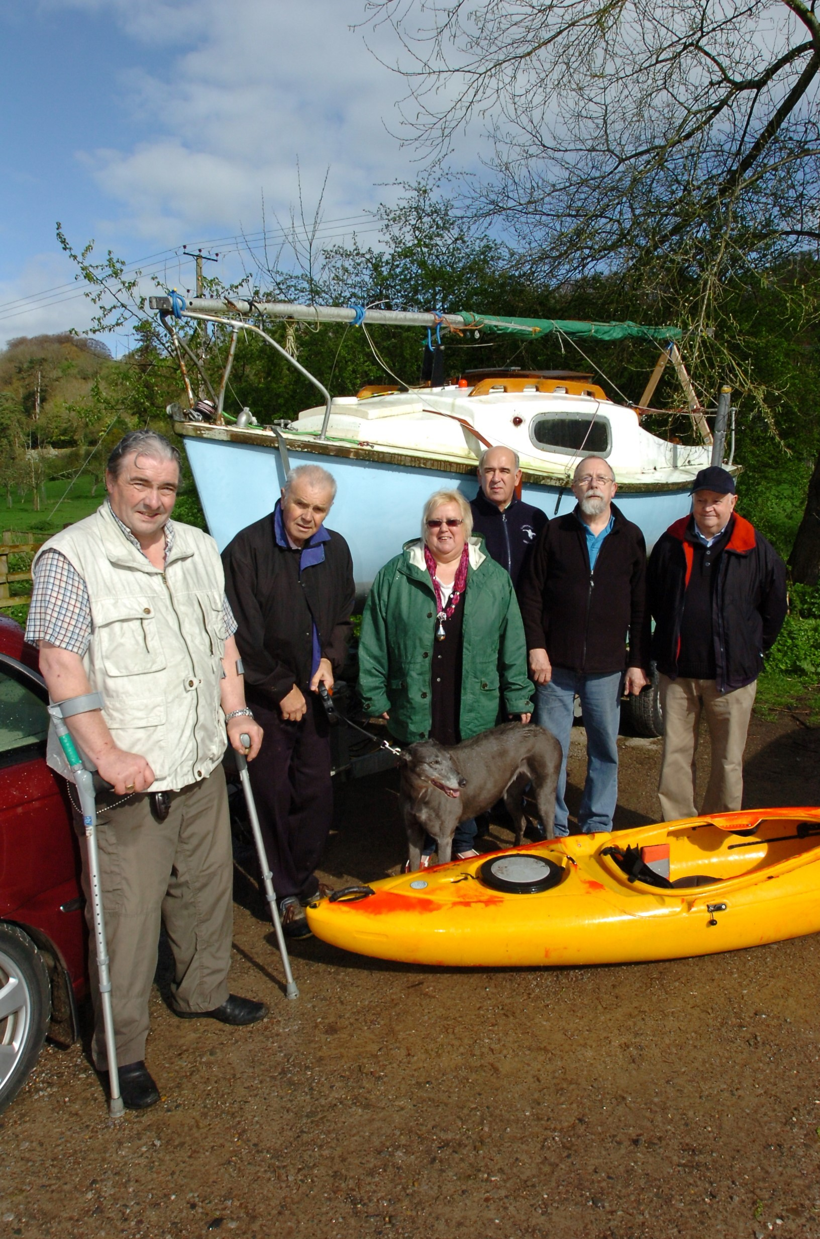 1415_5001 Disabled / Sailing Herefordshire group hope to take over Bodenham Lake after the sailing facility was closed.(l-r), Steve Lloyd, Chris Edge, Elaine Angell, Syd Furnival, Ian Brasnett, Bill Brumbill at the entrance