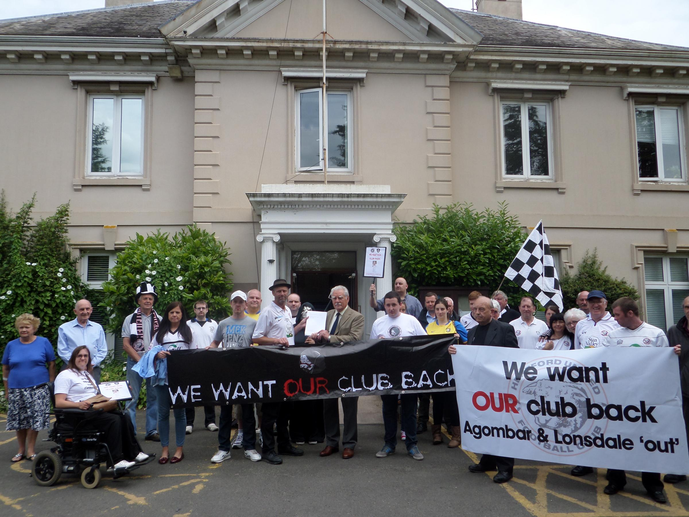 Hereford United supporters protest at Herefordshire Council's Brockington HQ