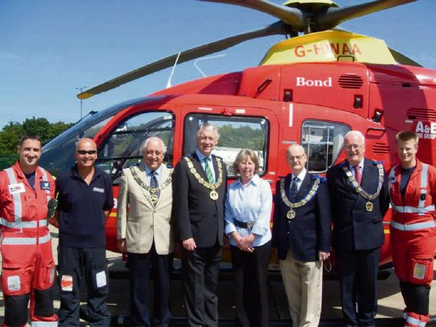 (from left) Julian Spiers (paramedic), Mark Dennis (pilot), Very Worshipful Brother Mike Roff (deputy provincial grand master of Herefordshire), Right Worshipful Brother Robert Vaughan (provincial grand master of Worcestershire) Annie Newell (fundraising
