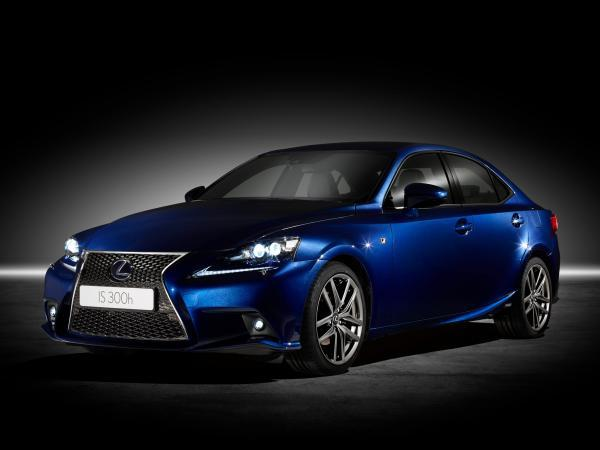Refined hybrid that challenges its rivals - the new Lexus