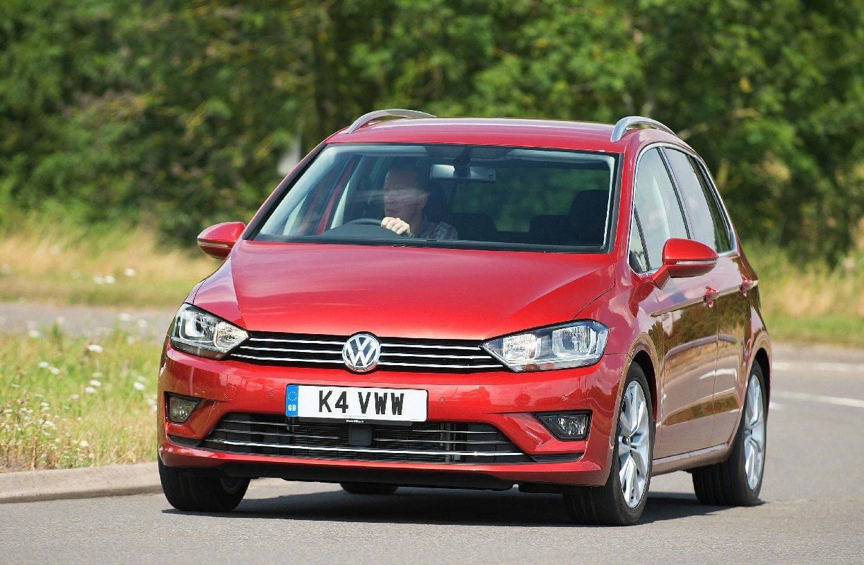 Taller, wider and heavier: The new Golf