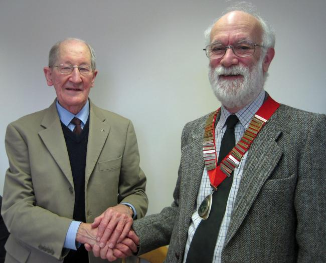 From left: Retiring president Arthur Rowe and Jeff Jones president for 2015/16