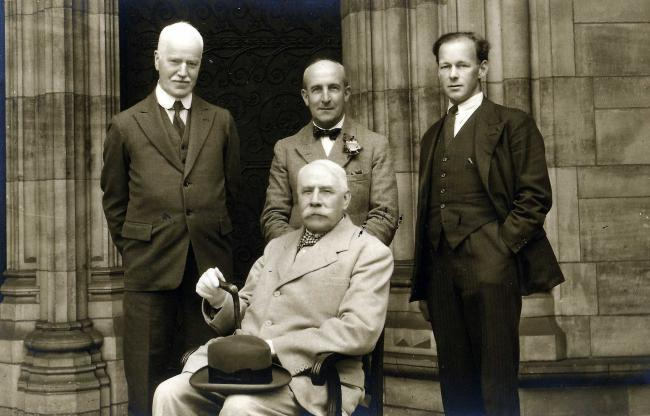 From left, Ivor Atkins, Percy Hull, Herbert Sumsion and Edward Elgar(sitting)