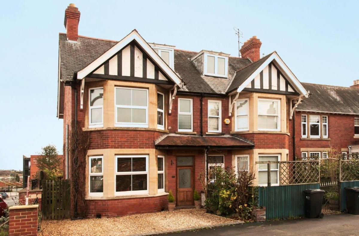 Tastefully refurbished Victorian semi-detached residence in ...