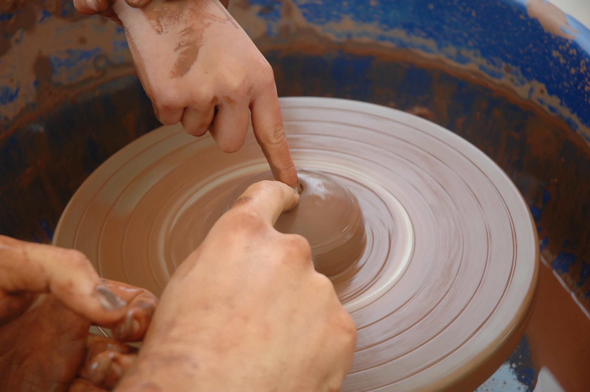 Children's Holiday Pottery Workshops