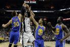 Perfect Golden State Warriors reach NBA finals again