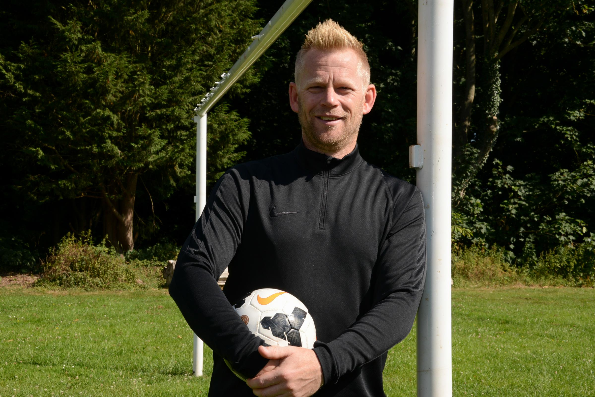 Former Hereford United manager Jamie Pitman was one of many to back the plan for an artificial pitch at Aylestone School.