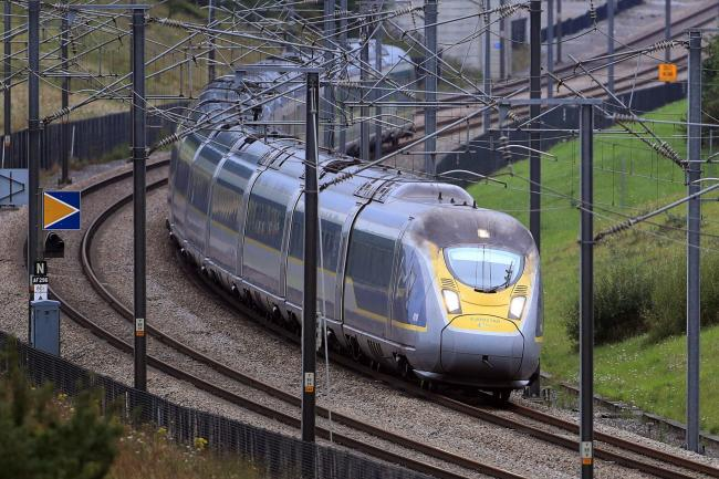 Eurostar urges passengers not to travel amid industrial